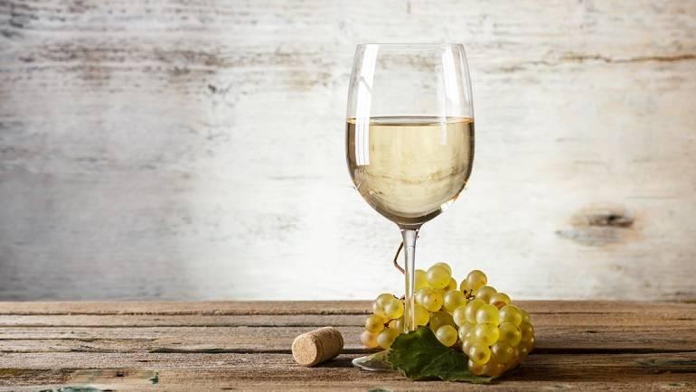Maccone Maresco: primo vino bianco ad essere Imbottigliato con la denominazione MARESCO VALLE D'ITRIA IGP